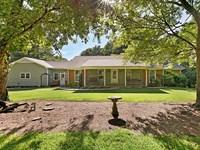 2 Homes on 7 Acres in Medina, TN : Medina : Madison County : Tennessee