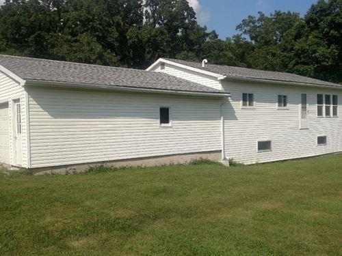 Acreage Central Lee School District : Montrose : Lee County : Iowa