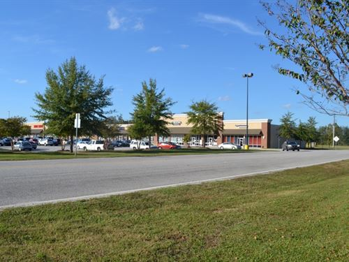 Commercial Property Near Walmart : Cheraw : Chesterfield County : South Carolina