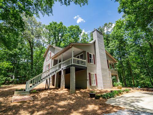 Move-In Ready Home 4+ Acres W Creek : Covington : Newton County : Georgia