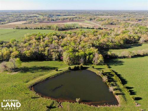 Prescott Hunt, Farm, Fish : Prescott : Linn County : Kansas