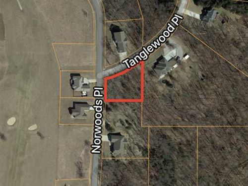 Shaded Corner Lot at Norwoods Golf : Hannibal : Ralls County : Missouri