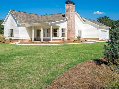 Farris Cottage Sitting On 4 Acres : Monroe : Walton County : Georgia