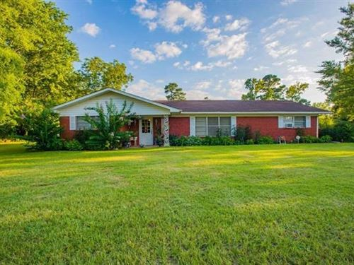 Country Home Jefferson Isd, House : Jefferson : Marion County : Texas
