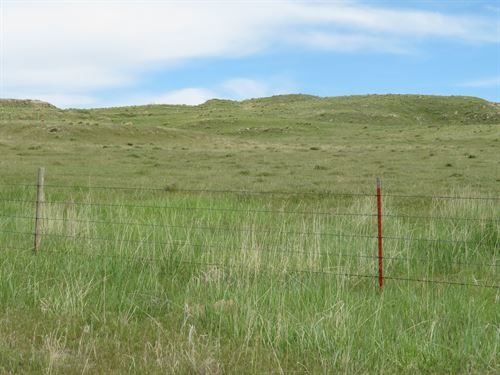 Hilltop, West Mountain Views : Fort Laramie : Goshen County : Wyoming