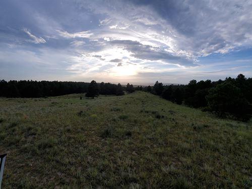 Up On The Ridge : Fort Laramie : Goshen County : Wyoming