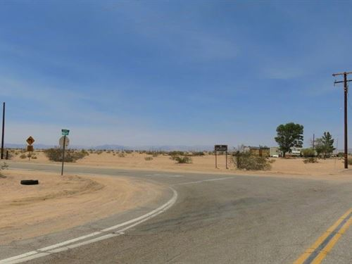 Nice Corner Lot, Power, $300/Mo : Newberry Springs : San Bernardino County : California