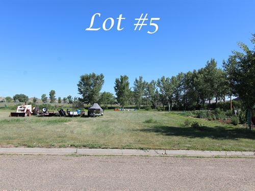 Vacant Lot Access to Utilties : Glendive : Dawson County : Montana