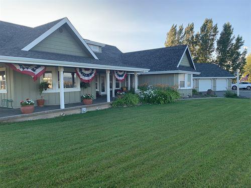 Custom Ranch House & Shop 9.24 AC : Alturas : Modoc County : California