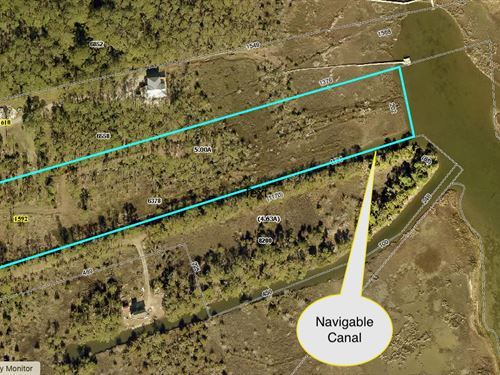 Waterfront Acreage, Navigable Canal : Stacy : Carteret County : North Carolina