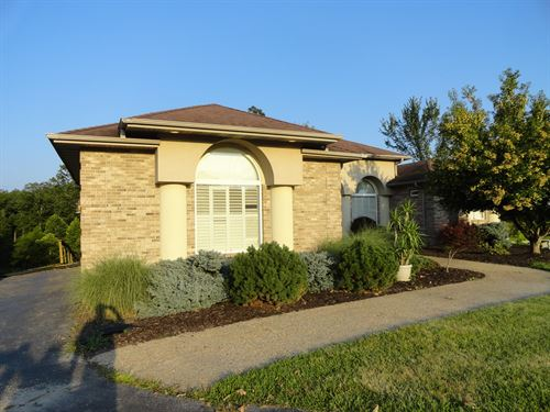 Equine Property, Beautiful Home : Linn Creek : Camden County : Missouri