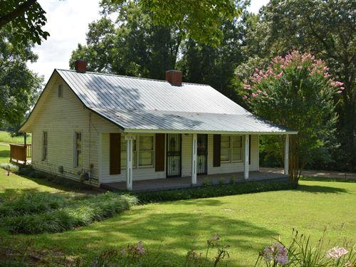 Country Starter Home Bolivar, TN : Bolivar : Hardeman County : Tennessee
