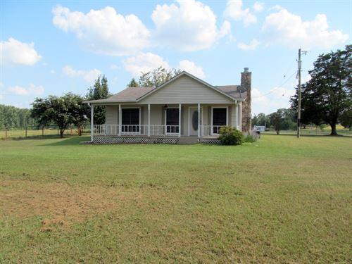 1940 Farm House 1.4 Acres East : Winnsboro : Hopkins County : Texas