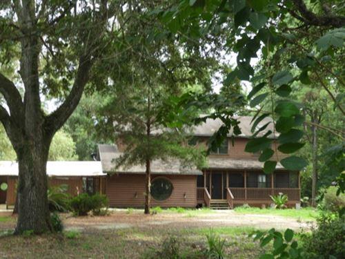 Lake Elizabeth Home With Beautiful : Earleton : Alachua County : Florida
