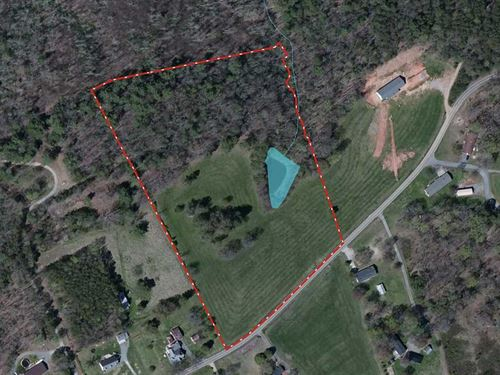 12.1 Acres in Elkin, Wilkes Cou : Elkin : Wilkes County : North Carolina