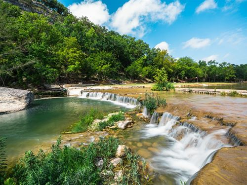 Live Water Texas Hill Country Ranch : Mountain Home : Kerr County : Texas