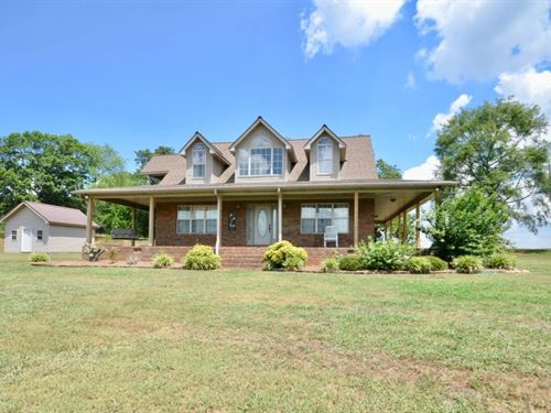Home With 5 Acres : Danville : Lawrence County : Alabama