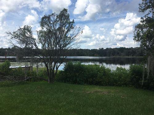 Mobile Home On Lake : Hawthorne : Putnam County : Florida