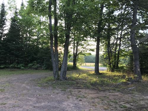 56465 Traprock Valley Rd : Lake Linden : Houghton County : Michigan
