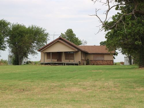 5 Acres And Structure For Sale : Fort Cobb : Caddo County : Oklahoma