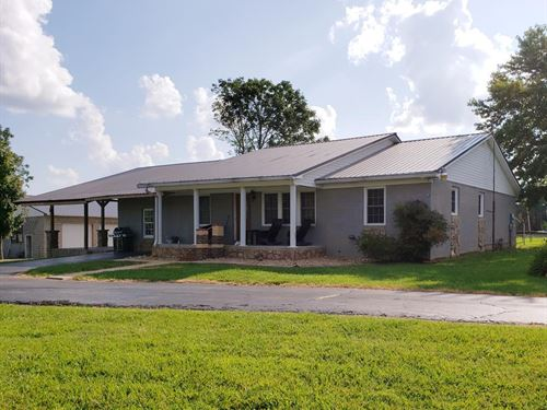 Farm Cookeville, Tn/4Br, 2.5Ba : Cookeville : Putnam County : Tennessee