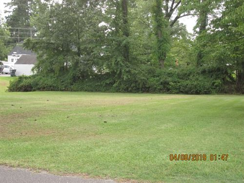Great Lot Located North East North : Hertford : Perquimans County : North Carolina