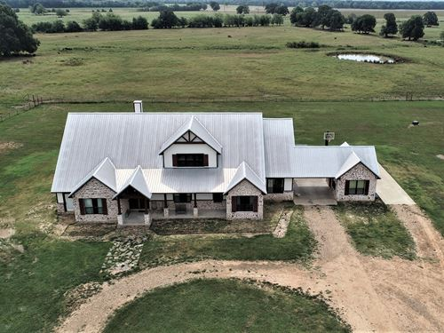 55 Acres Hwy 195 Frontage And Home : Paris : Lamar County : Texas