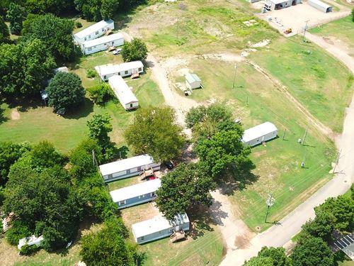 Mobile Home Park : Mansfield : Sebastian County : Arkansas