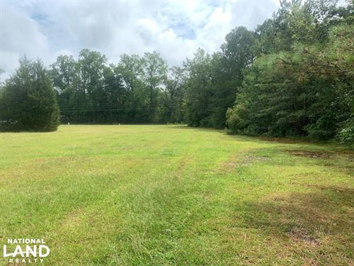 1 Acre in Fayetteville, NC : Fayetteville : Cumberland County : North Carolina