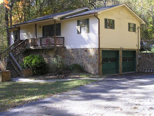 Home With Pool in Soddy Daisy : Soddy Daisy : Hamilton County : Tennessee