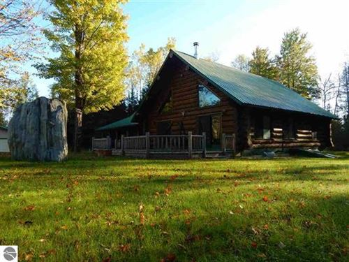Megga Acreage And Full Log Home : Foster City : Dickinson County : Michigan
