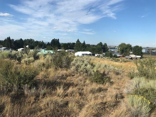 Looking Great Investment 5 Acres : Hines : Harney County : Oregon