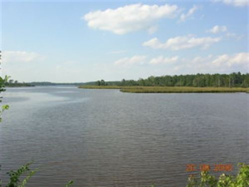 Private 2.96 Acres Deep Water Lot : Aurora : Beaufort County : North Carolina
