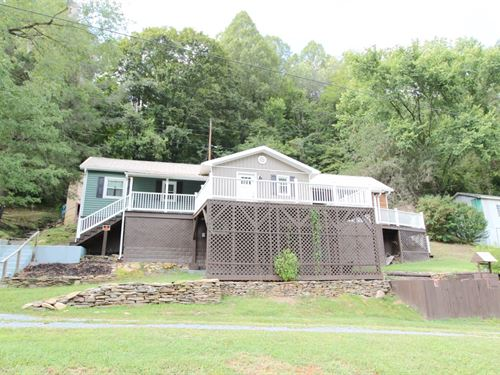 Refashioned Country Home River : Saltville : Washington County : Virginia