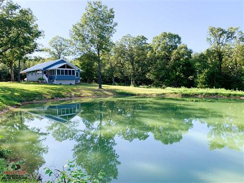29 Acres And New Custom Built Home : Tunas : Dallas County : Missouri