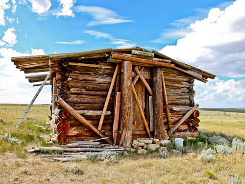 Medicine Bow Rustic Cabin : Medicine Bow : Albany County : Wyoming