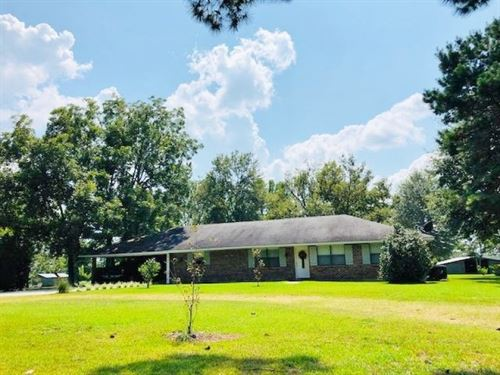 Brick Home On 4.6 Acres : Tylertown : Walthall County : Mississippi