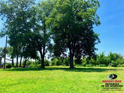 Nice Lot in Welcoming Community : Neodesha : Wilson County : Kansas