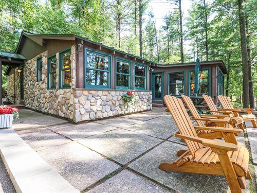 Long Lake Home Waupaca Chain : Waupaca : Wisconsin