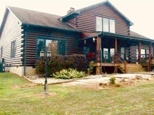 Log Home Luxury : Buckingham : Prince Edward County : Virginia
