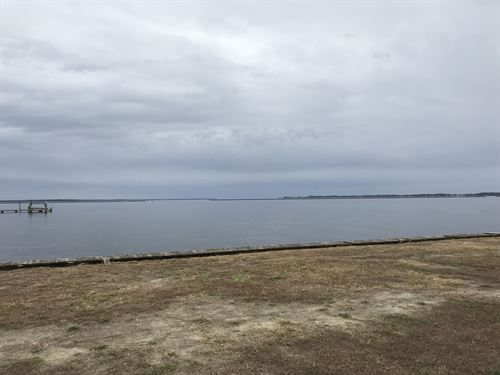 2.25 Ac, 721 Ft Of Waterfront : Belhaven : Beaufort County : North Carolina