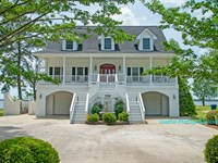 Waterfront Home Minutes From Icw : Belhaven : Beaufort County : North Carolina