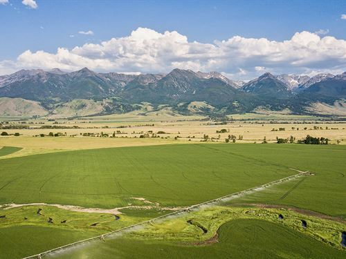 Paradise Valley Ranch : Livingston : Park County : Montana