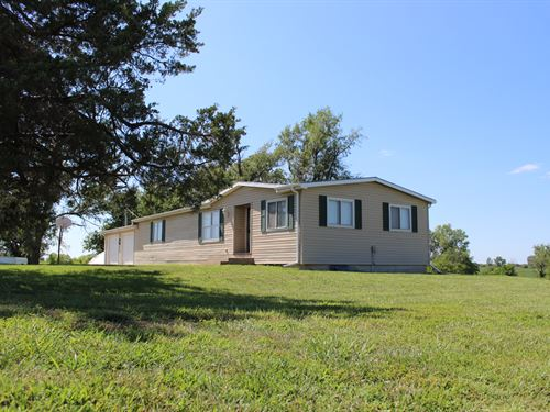 3 Bedroom 2 Bath Manufactured Home : Osage City : Osage County : Kansas