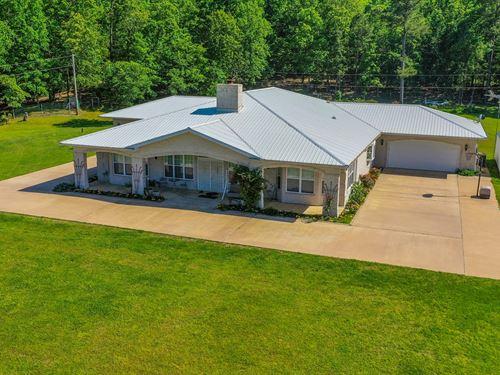 Country Home Acreage, Good Hunting : Jay : Delaware County : Oklahoma