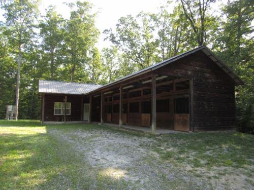 3.36 Ac, A Ka-Barn / 4 Stalls : Celina : Fentress County : Tennessee