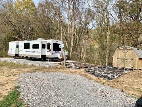Land Camper, Burkesville, Kentucky : Burkesville : Cumberland County : Kentucky
