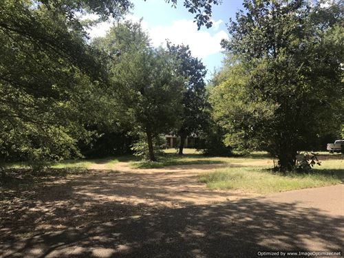 Beautiful Tract, Rolling Terrain : Brookhaven : Lincoln County : Mississippi