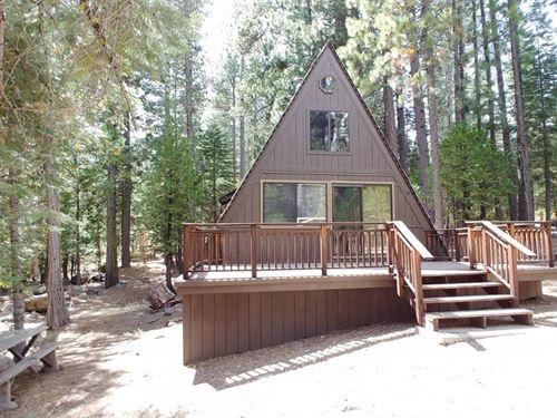 Northern California Recreational : Pollock Pines : El Dorado County : California