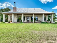 Beautiful Country Home With Land : Normangee : Madison County : Texas
